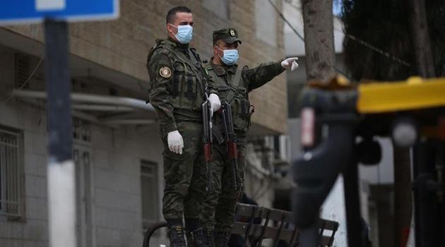 Batı Şeria'da 2 belde, koronavirüs nedeniyle karantinaya alındı