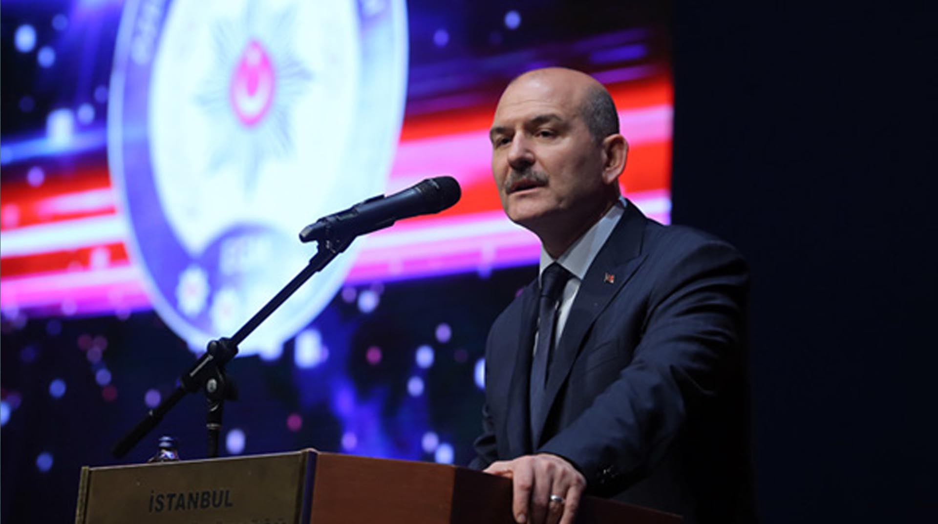 Süleyman Soylu: Sene sonuna kadar 80 bin kaçak göçmen sınır dışı edilecek