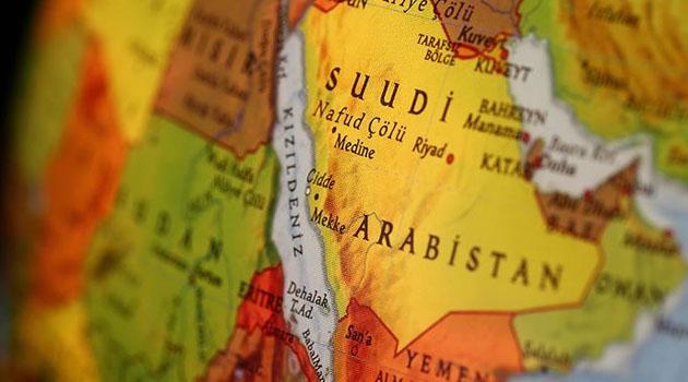 Husiler, Suudi Arabistan'a hava saldırılarını durdurduklarını duyurdu