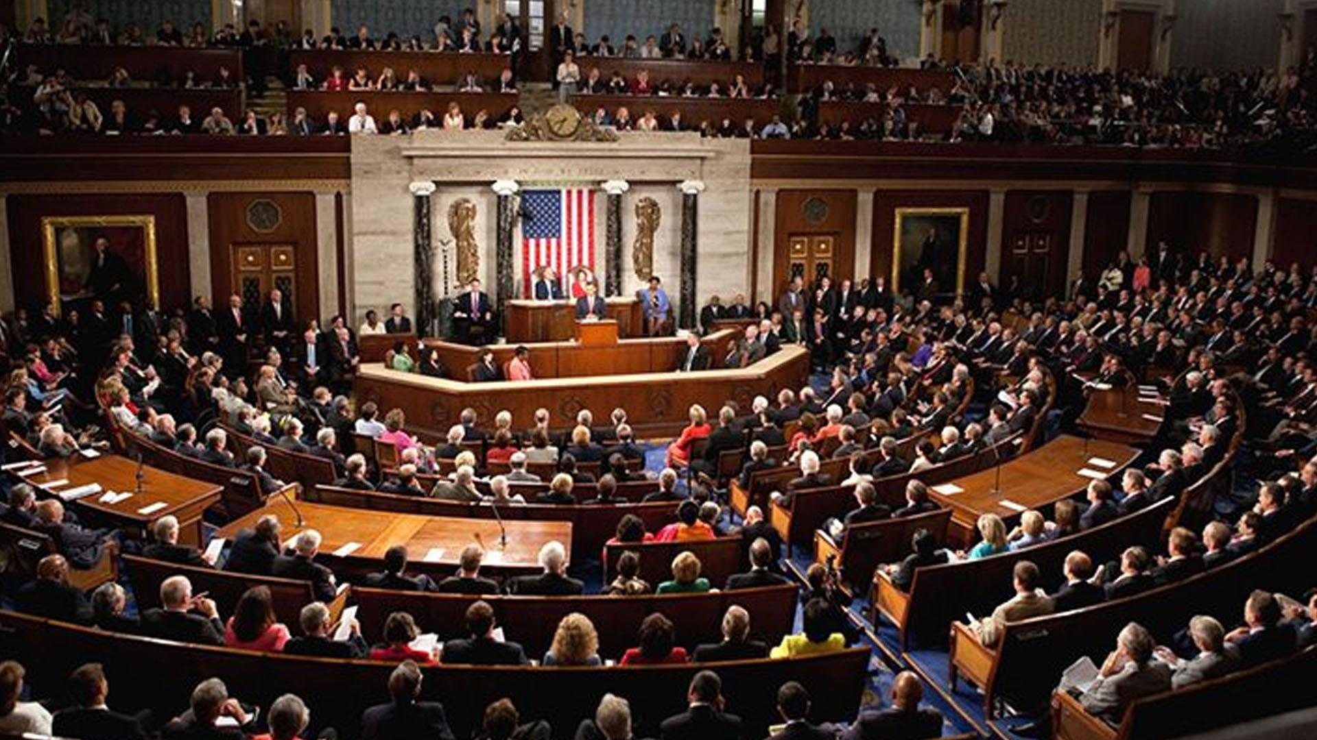 ABD Temsilciler Meclisi, Trump'ın Suriye'nin kuzeyinden asker çekme kararına karşı çıkan tasarıyı onayladı