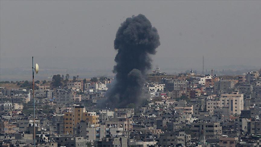 Ateşkese rağmen işgalci İsrail Gazze'yi vurdu