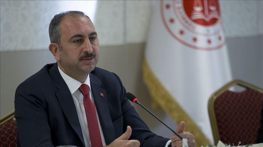 Adalet Bakanı Gül: Cezaevlerinde gerekli tıbbi malzemeler bulunmaktadır