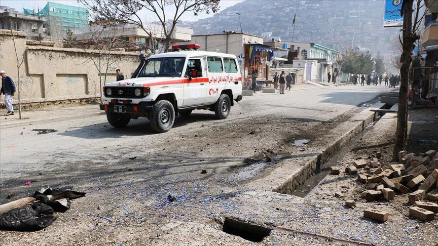 Afganistan'da yol kenarına yerleştirilen bomba infilak etti
