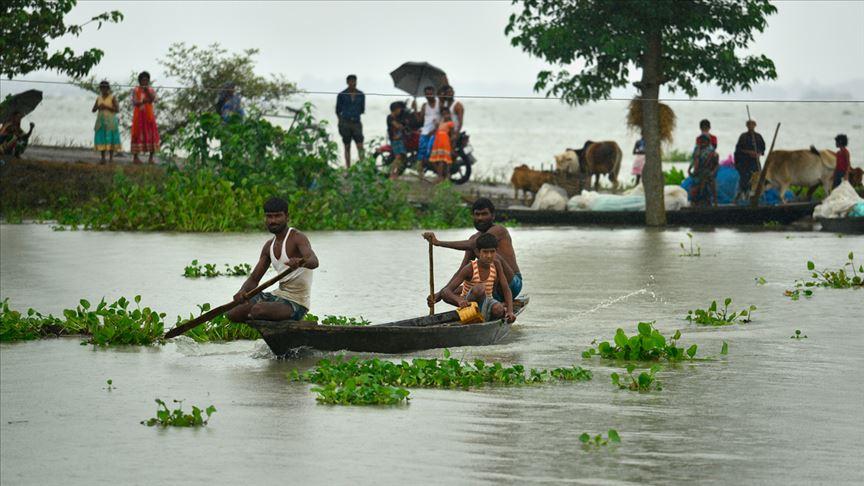 Hindistan'daki Selde Ölü Sayısı 109'a Yükseldi