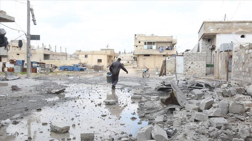 Esed rejiminden Han Şeyhun'a yüzlerce hava ve kara saldırısı