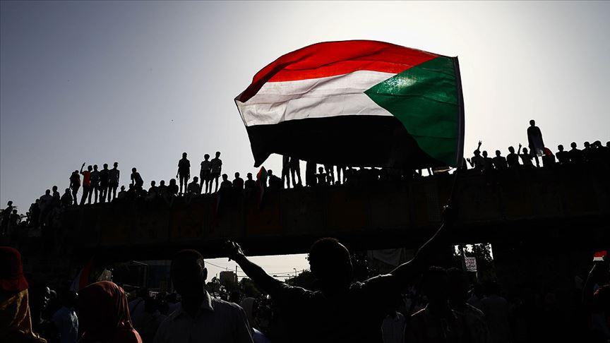 Sudan'da öldürülen protestocularla ilgili komisyon kurulacak