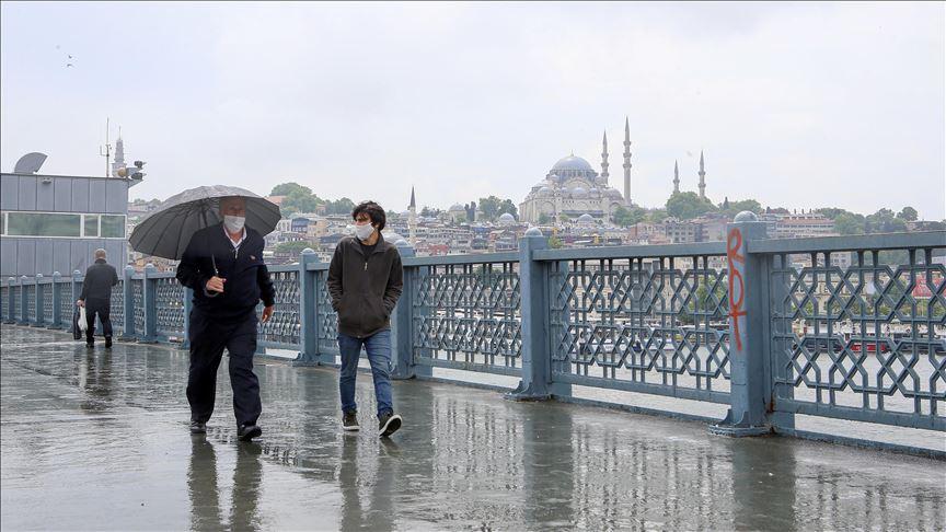 İstanbul, Ankara ve Bursa'da açık alanlarda maske takma zorunluluğu