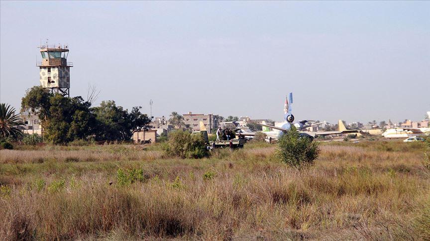 Hafter'in vurduğu Mitiga Havalimanı'nda uçuşlar yeniden başladı