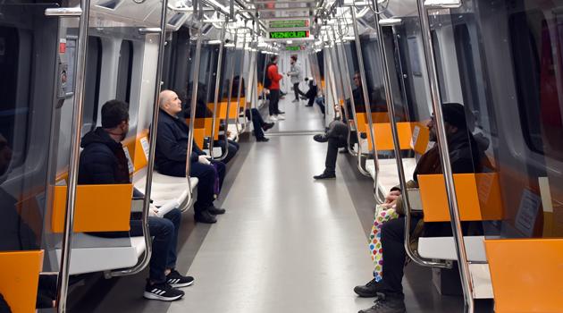 Sokağa çıkma yasağı sırasında İstanbul'da toplu taşıma nasıl olacak?