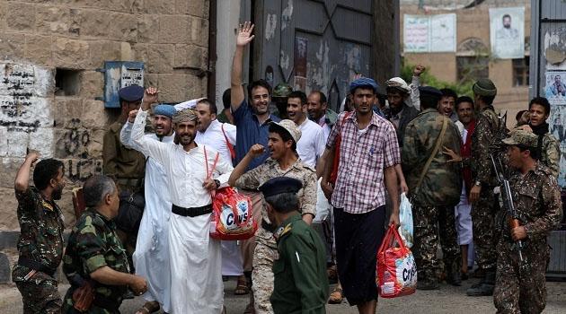 Yemen'de Husiler yüzlerce tutukluyu tek taraflı serbest bıraktı
