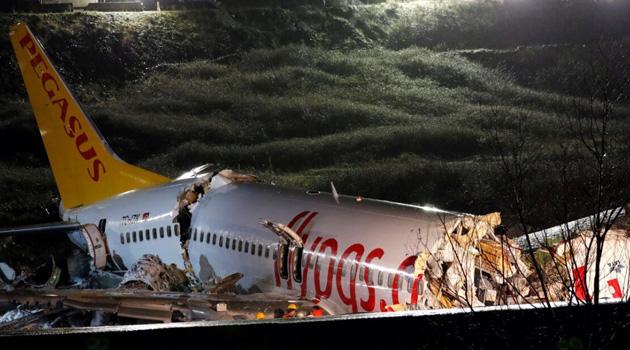 Pistten çıkan uçağın pilotlarına soruşturma