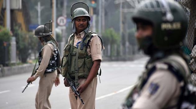 Keşmir'de 16 haftadır cuma namazı kılınamıyor