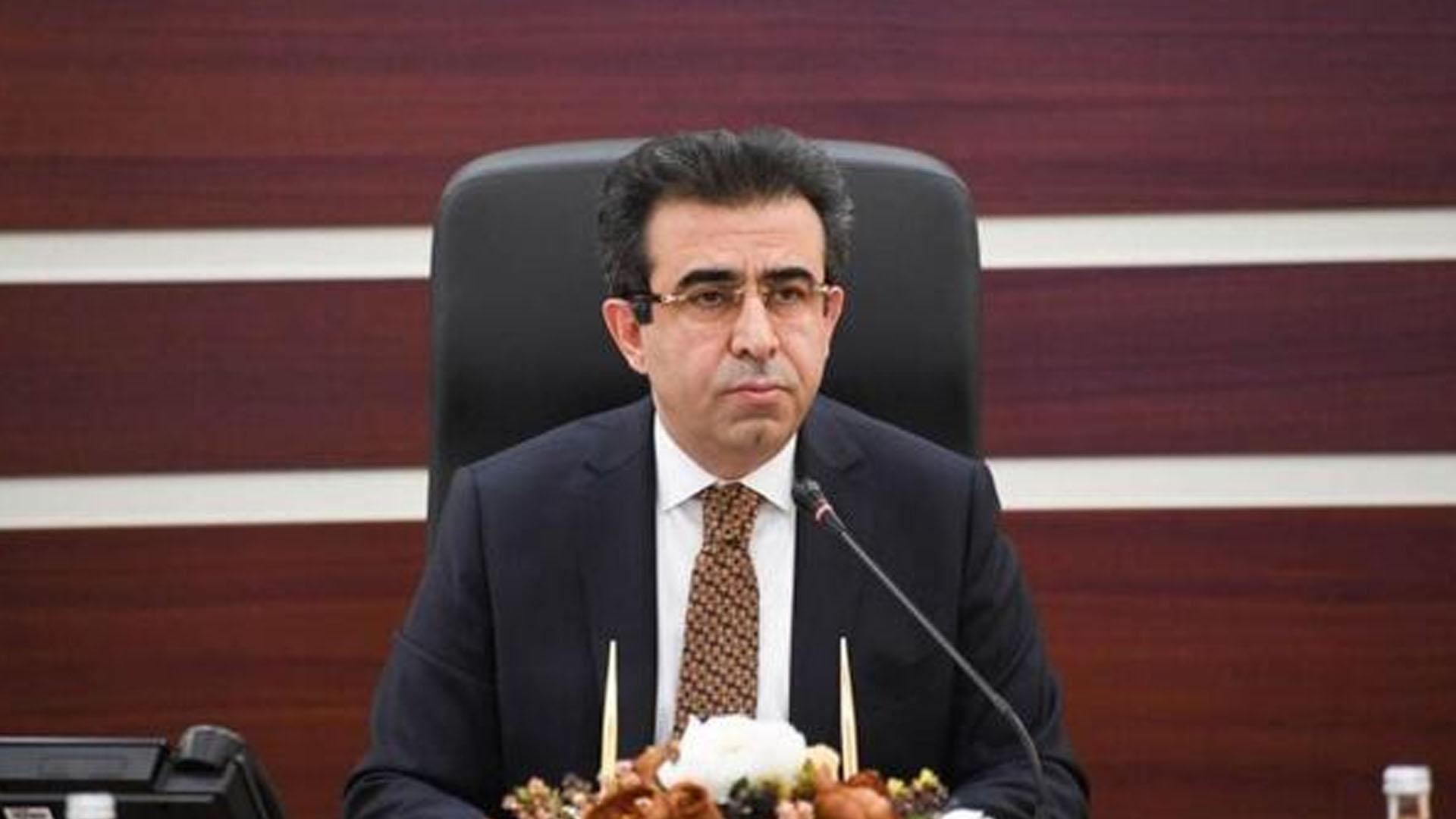 Diyarbakır Büyükşehir Belediyesi'ne kayyım atanan Güzeloğlu: Mahşeri vicdanı yaralayıcı uygulamalar gerçekleştirildi