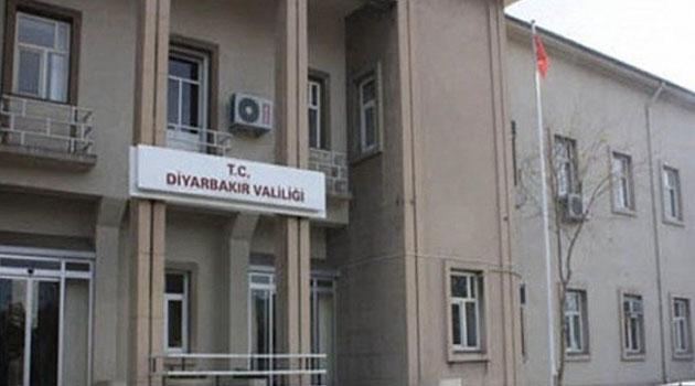 Diyarbakır'da AK Parti önünde oturma eylemine valilik yasağı: Anayasal suçtur