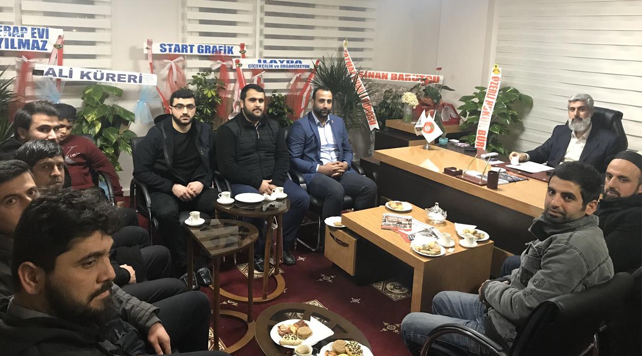 Saadet Partisi Gençlik Kollarından Alparslan Hoca'ya Ziyaret