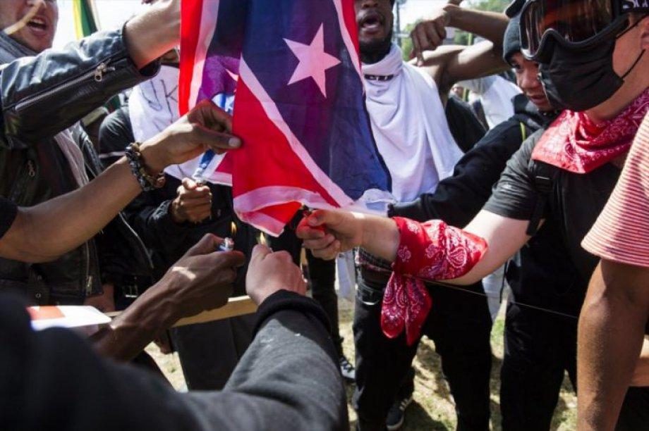 Amerika Irkçı Eylemler ile Sarsılıyor
