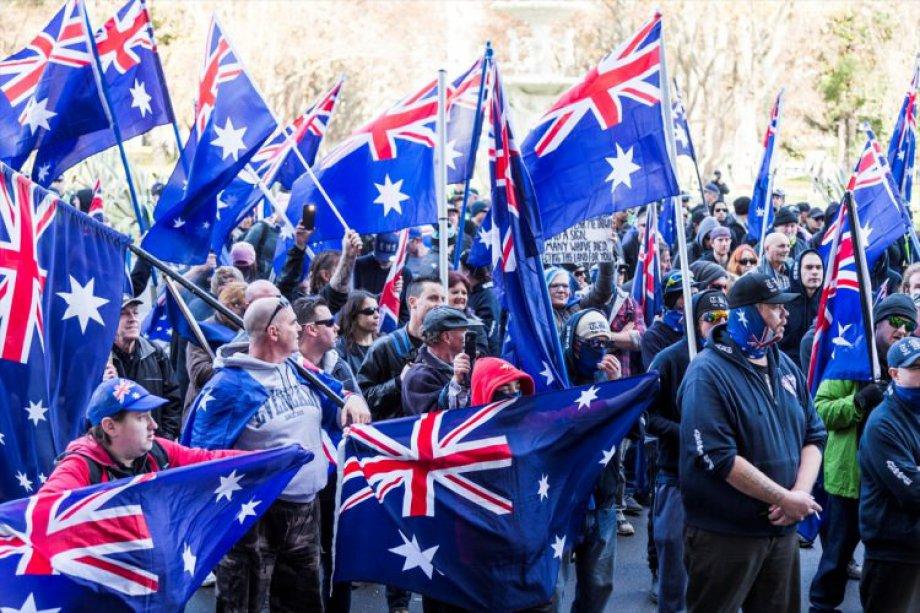 Avustralya Karıştı!