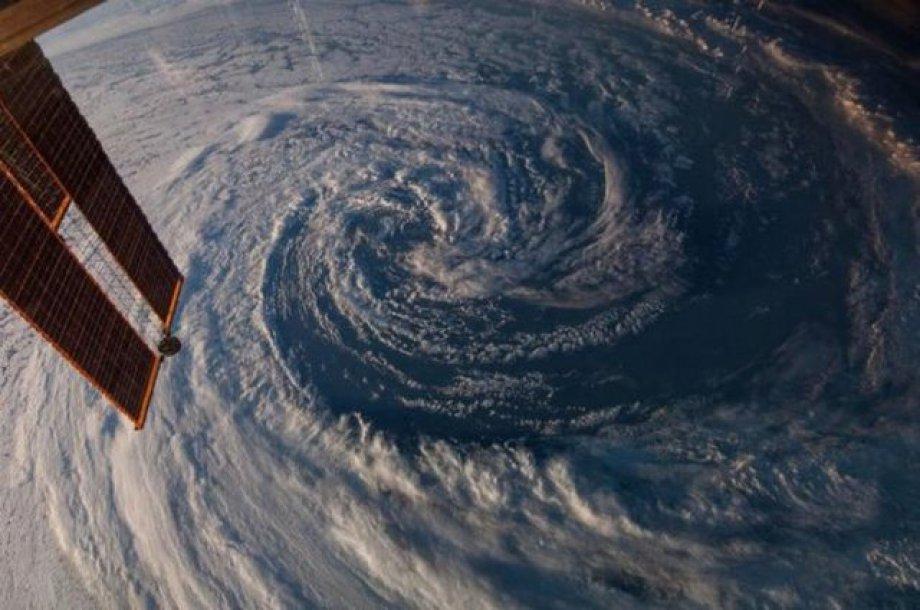 Dünya'nın Uzaydan Çekilmiş Fotoğrafları