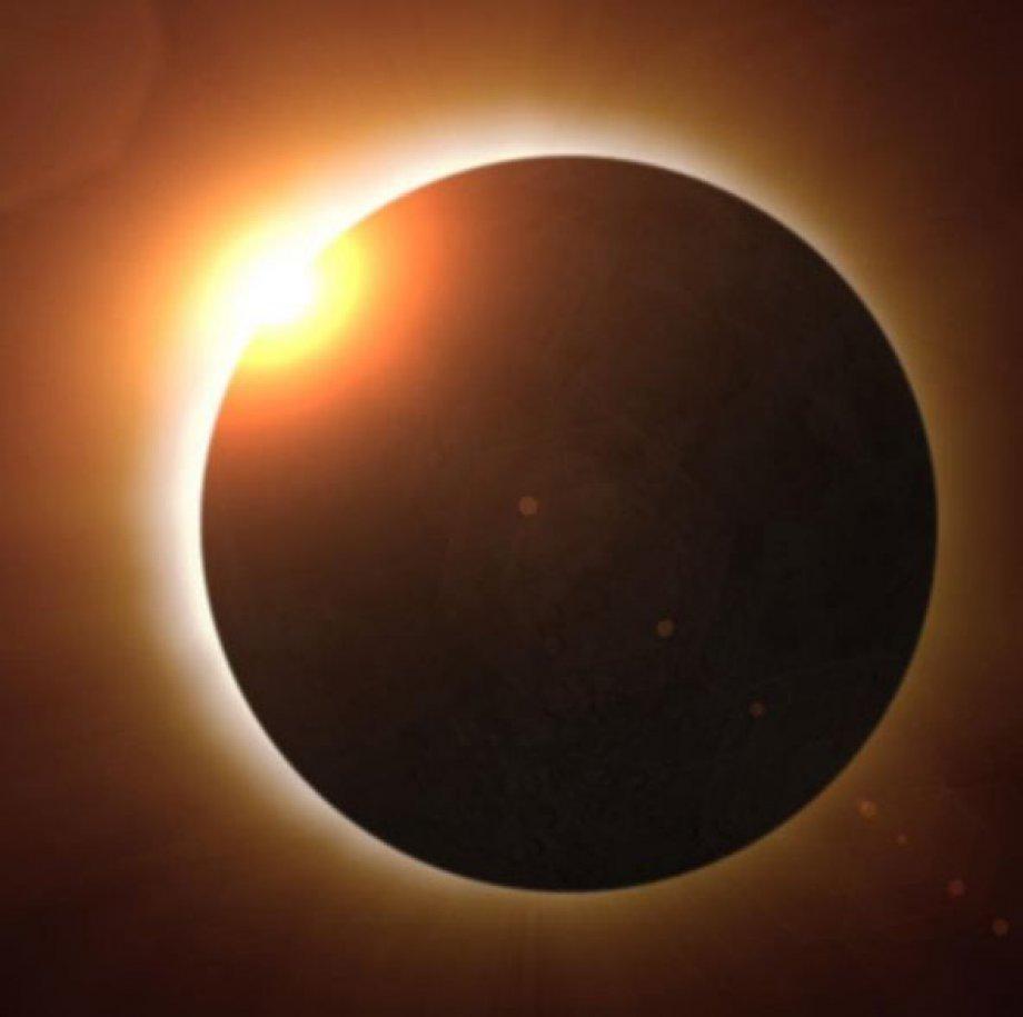 En büyük güneş tutulmasından tefekkürlük kareler