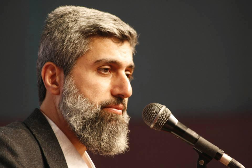 Nureddin Yıldız'a salonların verilmemesini Alparslan Kuytul Hocaefendi Kınadı