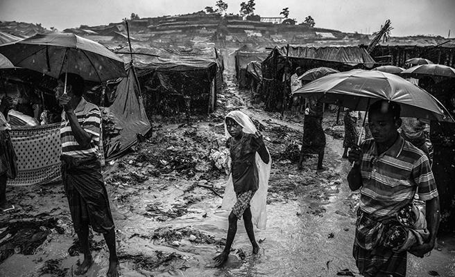 Arakan'da Siyah Beyaz Bir Yaşam
