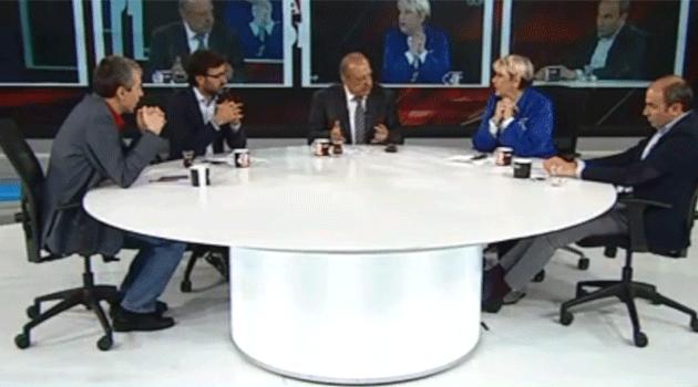 AKP'li Aydınlardan(!) Davutoğlu'na Vefasızlık!
