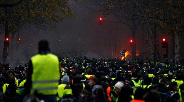Fransız bakan: Sarı Yelekler eyleminin arkasında dış güçler olabilir