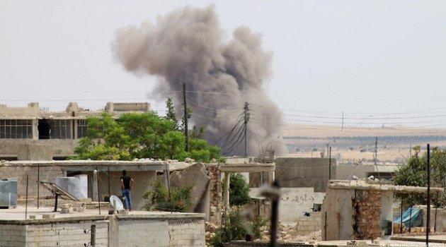 İşgalci Rusya Suriye'de iki köye saldırdı!