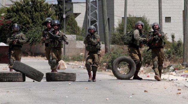 İsrail güçleri bir Filistinliyi vurarak yaraladı