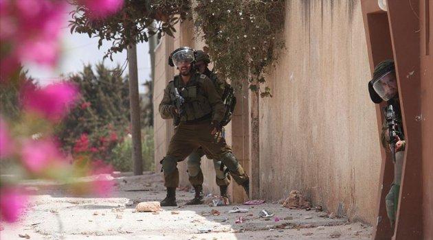 İsrail güçleri Nablus'ta 11 Filistinliyi yaraladı