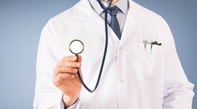 KHK ile ihraç edilen doktorların özel hastanelerde çalışmasını engelleyen madde kabul edildi