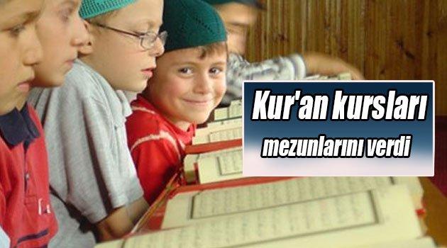 Kur'an kursları mezunlarını verdi