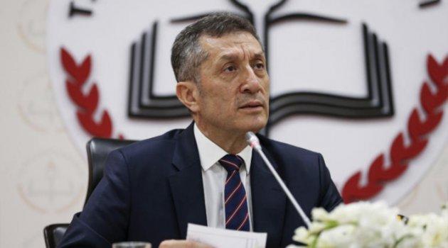 MEB Bakanı: Ders sayısı azalıyor, üniversite sınavı değişiyor