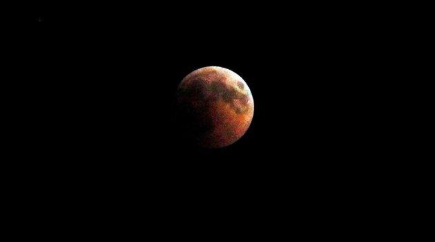 Süper Kanlı Kurt Ay tutulması ne zaman?