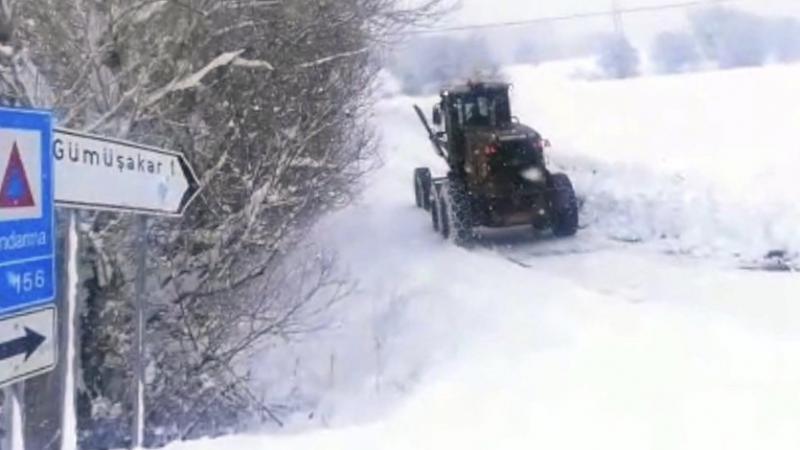 Erzincan'da 200 köy yolu ulaşıma kapalı