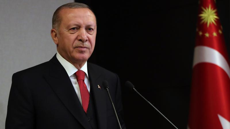 Erdoğan: Dahili ve harici düşmanların tüm saldırılarına rağmen yedi düvele karşı vatan müdafaası yapıyoruz