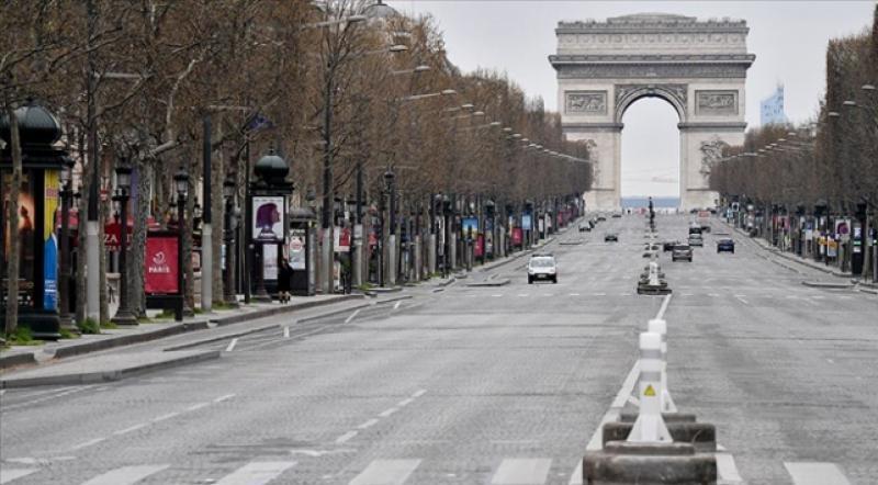 Fransa'daki sokağa çıkma yasağının kapsamı genişletildi