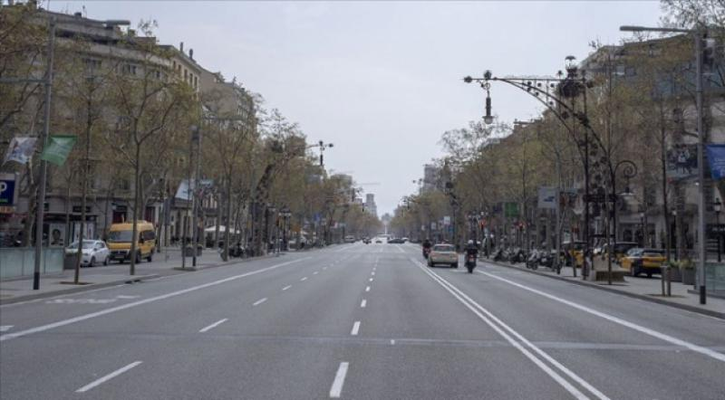 İspanya'da OHAL 9 Mayıs'a kadar uzatıldı