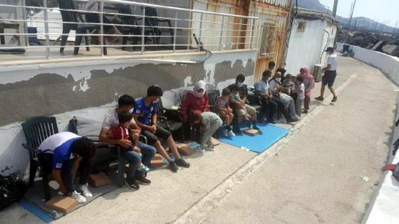 Bodrum açıklarında sığınmacıları taşıyan tekne battı; biri bebek 2 kişi hayatını kaybetti
