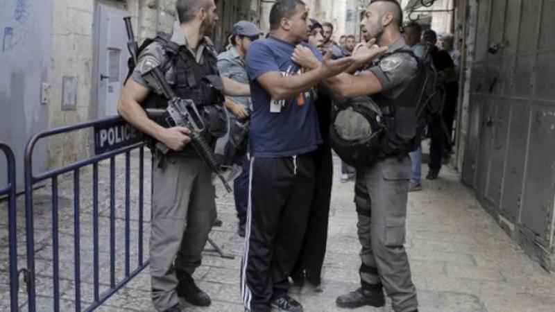 Yüzlerce Fanatik Yahudi Mescid-i Aksa'ya baskın düzenledi