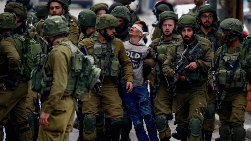"""Filistinli çocuklar İsrail cezaevlerinde gördükleri işkenceyi anlattı: """"Bize hayvan gibi davrandılar"""""""