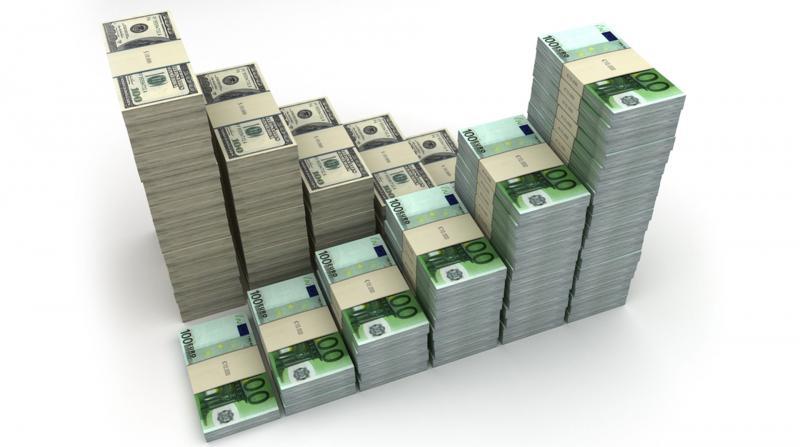 Dolar ve Euro Tırmanışını Sürdürüyor