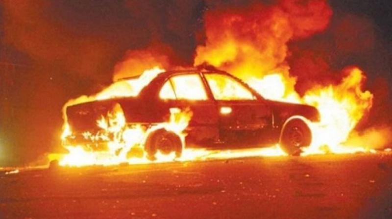 Irkçı Yahudiler, Filistinlilere Ait Araçları Ateşe Verdi