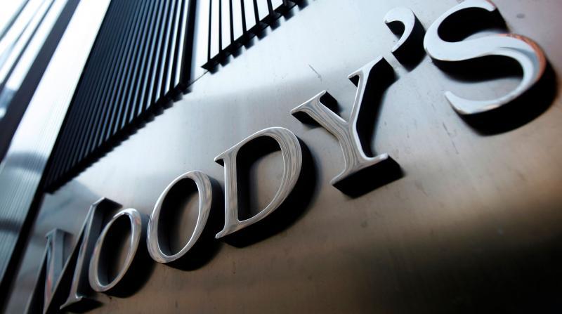 Moody's İngiltere'nin Notunu Düşürdü