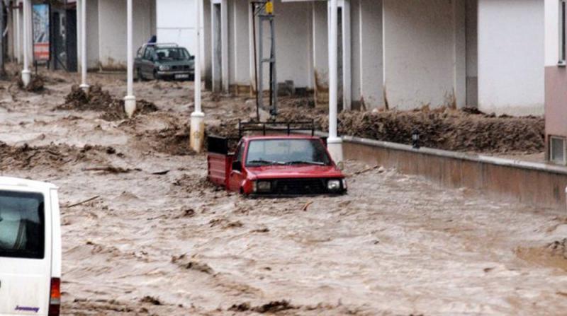 Rize'de 91 Yılın Yağış Rekoru Kırıldı! Metrekareye 273 Kilogram Yağış