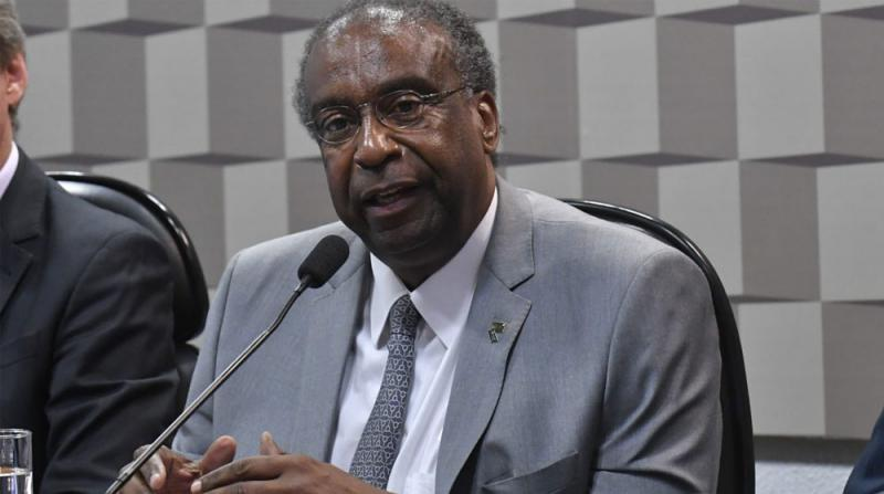 5 Günde İstifa Etti! Brezilya Eğitim Bakanı Koltuğu Neden Bıraktı?