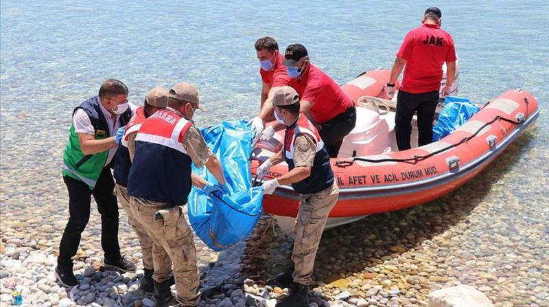 Van Gölü'nde Teknenin Batması Sonucu Kaybolan 5 Kişinin Daha Cesedi Bulundu