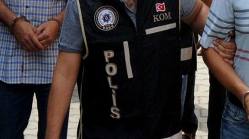 Ankara'da Hırsızlık Operasyonu, Korkulukları Sökerek Evlere Girdiler