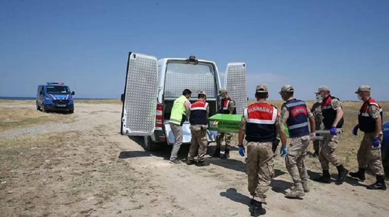 Van Gölü'nde Batan Tekne'de Can Kayıpları Artıyor, 1 Kişinin Daha Cesedi Bulundu