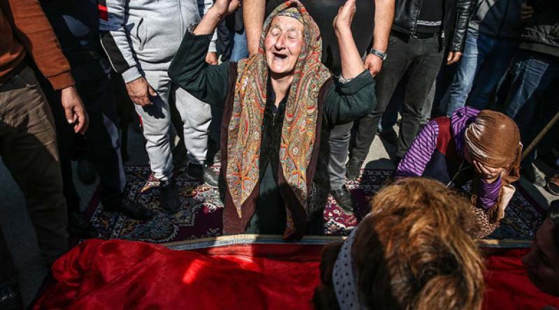AB'den Gence katliamı tepkisi: Üzüntü duyduk